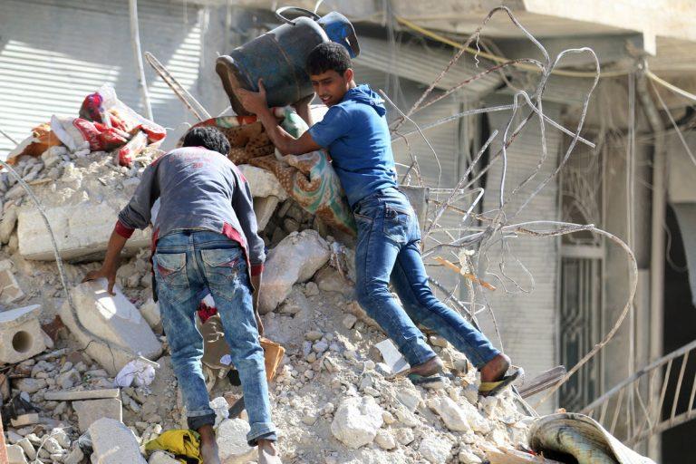 Χαλέπι: Σκότωσαν 5μελή οικογένεια και μετά… κήρυξαν εκεχειρία | Newsit.gr