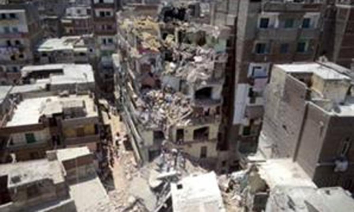 19 νεκροί από την κατάρρευση κτιρίου στην Αλεξάνδρεια   Newsit.gr