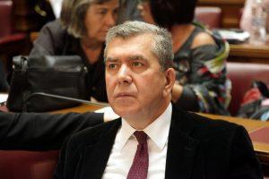 Επιμένει ο Μητρόπουλος για τα αναδρομικά των βουλευτών