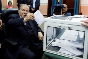 Αλγερία – Εκλογές: Σάρωσε η αποχή – Παραμένουν στην εξουσία τα δύο κυβερνώντα κόμματα