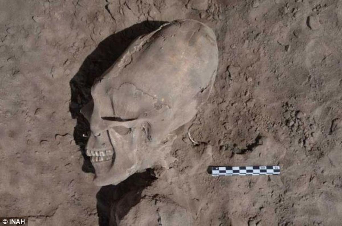 Aπίστευτες εικόνες! Βρήκαν λείψανα… «εξωγήινων» στο Μεξικό   Newsit.gr