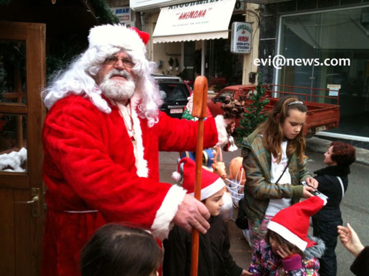 Αλιβέρι: Ο Άγιος Βασίλης ήρθε με άμαξα! Φωτό και Video | Newsit.gr