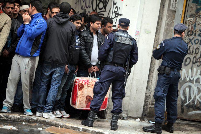 Έπιασαν έναν από τους αλλοδαπούς που έδειραν αστυνομικούς | Newsit.gr