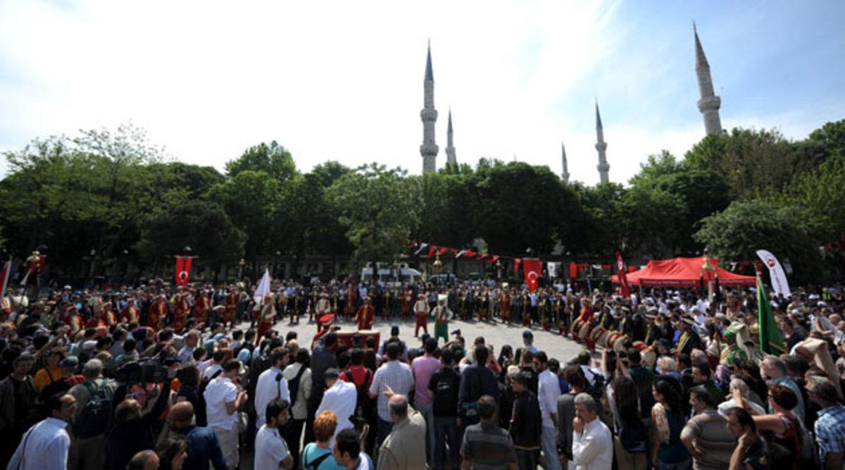«Γιορτάζουν» οι Τούρκοι την Άλωση της Πόλης – «Ευχαριστούμε τον Μωάμεθ που μας την παρέδωσε» λένε | Newsit.gr
