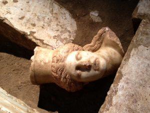 Αμφίπολη: «Το μνημείο περιμένει καρτερικά την προσοχή της πολιτείας»