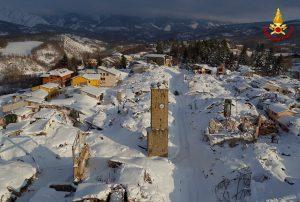 Κατέρρευσαν τα τείχη της εκκλησίας του Αματρίτσε μετά το νέο σεισμό