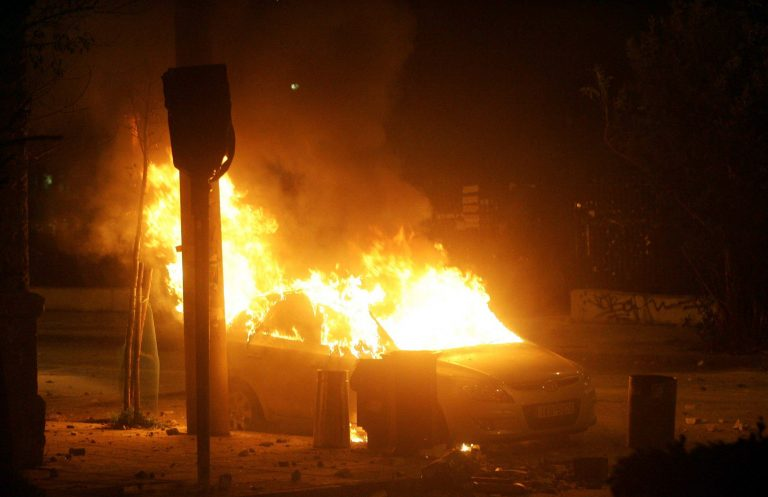 Λαμπάδιασε αυτοκίνητο στο Ρέθυμνο | Newsit.gr