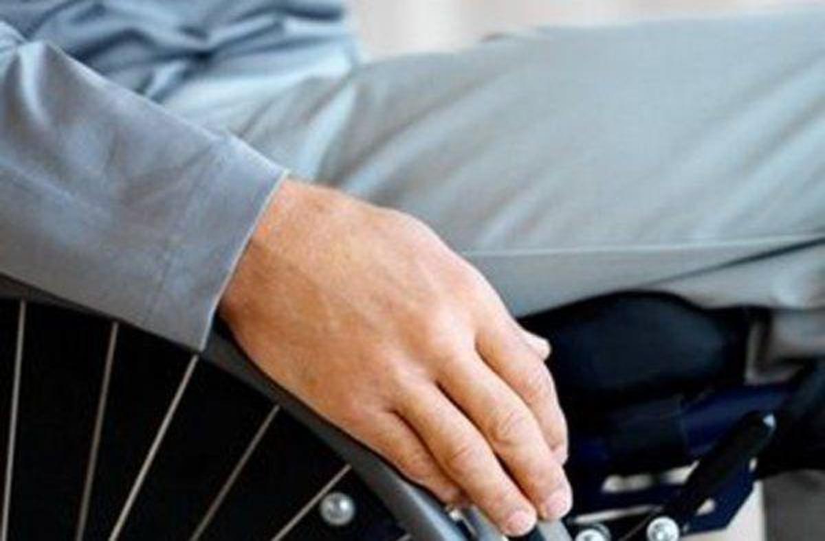 Πάτρα: Ανάπηρος -μαϊμού «ξάφρισε» πιστούς   Newsit.gr