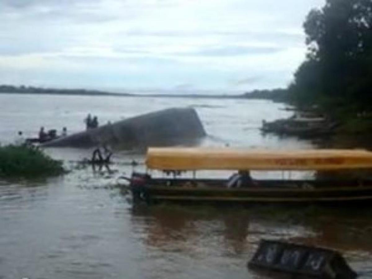 Ναυάγιο στον Αμαζόνιο: 12 νεκροί – σώοι 200 | Newsit.gr