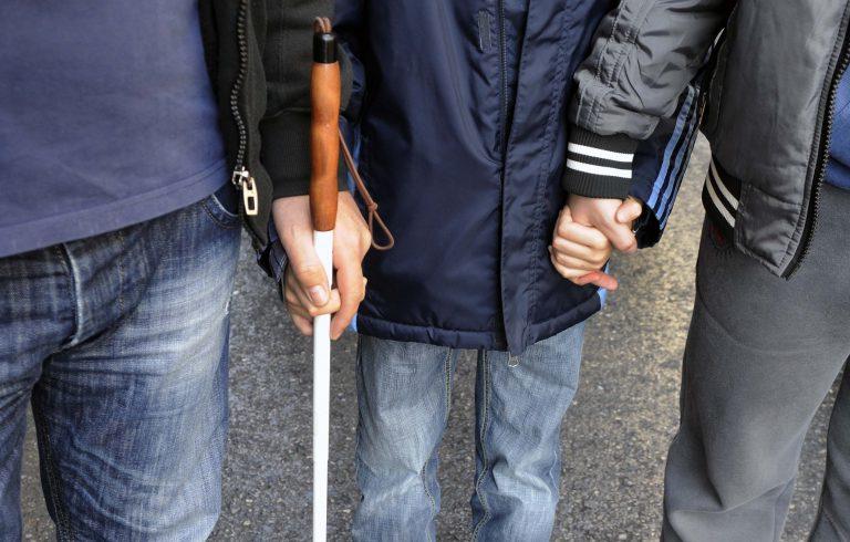 Πάτρα: Κατέβασε ανάπηρο από το λεωφορείο γιατί είχε λήξει η κάρτα του! | Newsit.gr