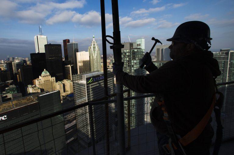 ΗΠΑ: Δημιουργήθηκαν 155.000 νέες θέσεις εργασίας το Δεκέμβριο | Newsit.gr