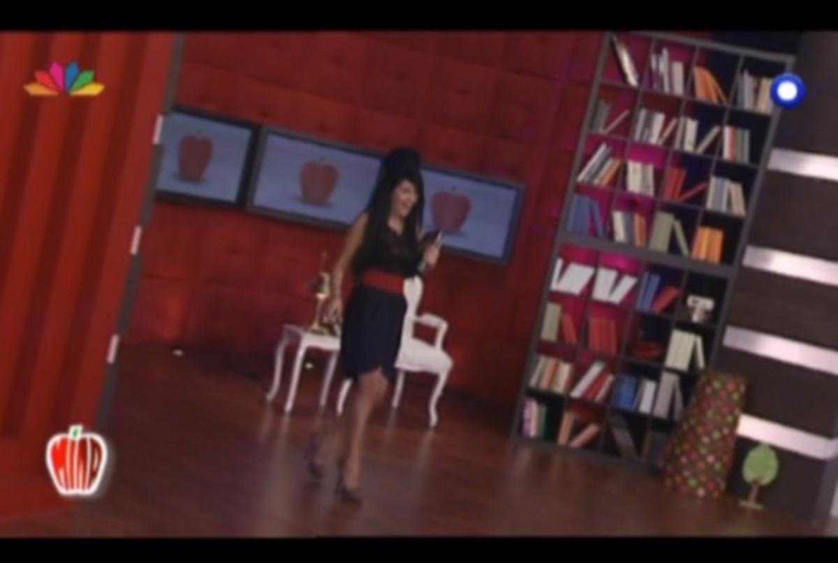 Η σωσίας της Amy Winehouse στο «Μίλα»! | Newsit.gr