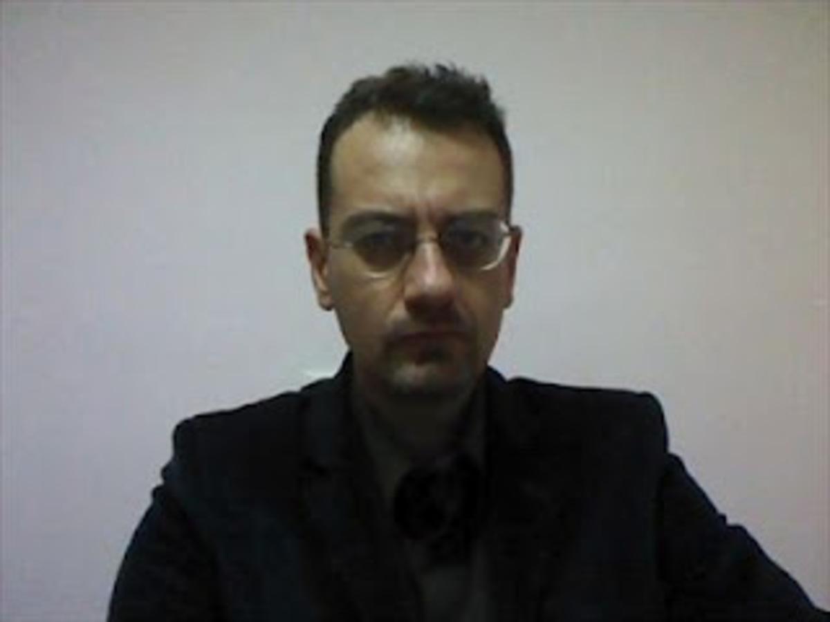 Ιφ. Αμυράς: Δεν είμαι μέλος του ΣΥΡΙΖΑ, αυτοπροτάθηκα για υποψήφιος | Newsit.gr
