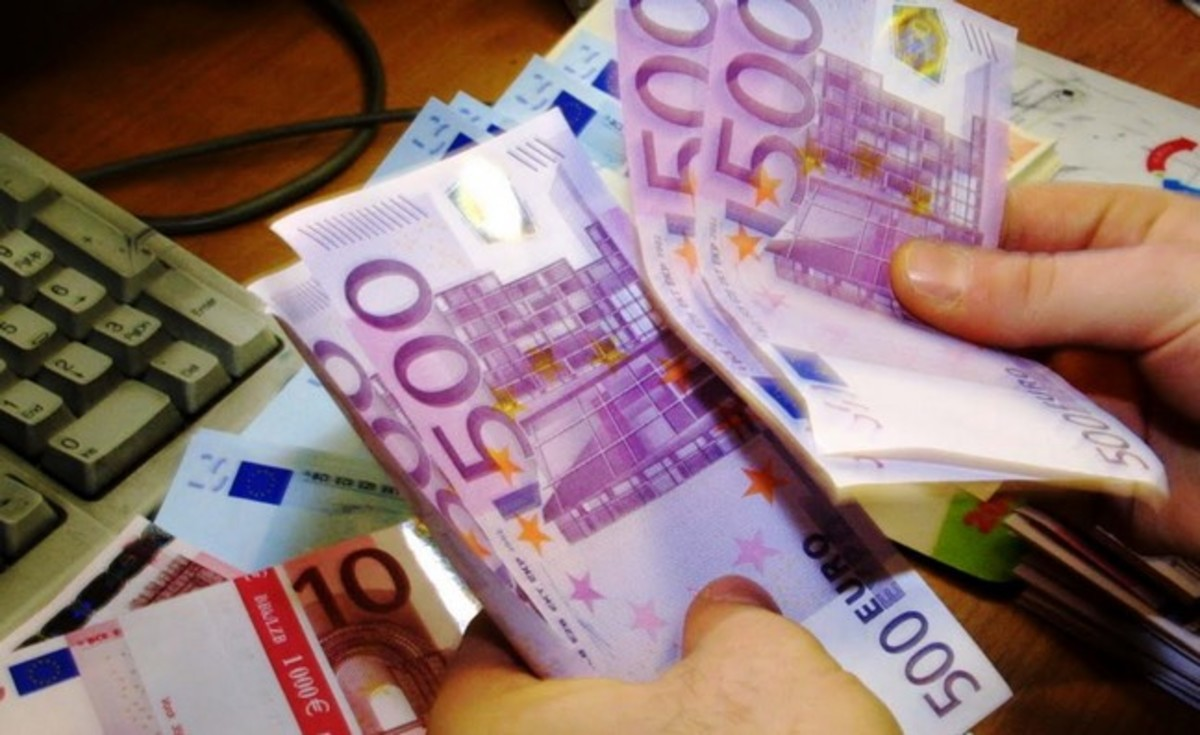 Θανατηφόρες για την ευρωζώνη οι μαζικές τραπεζικές αναλήψεις   Newsit.gr