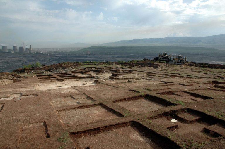 Καρδίτσα: Έκαναν ανασκαφή μέσα σε ξένο… περιβόλι! | Newsit.gr