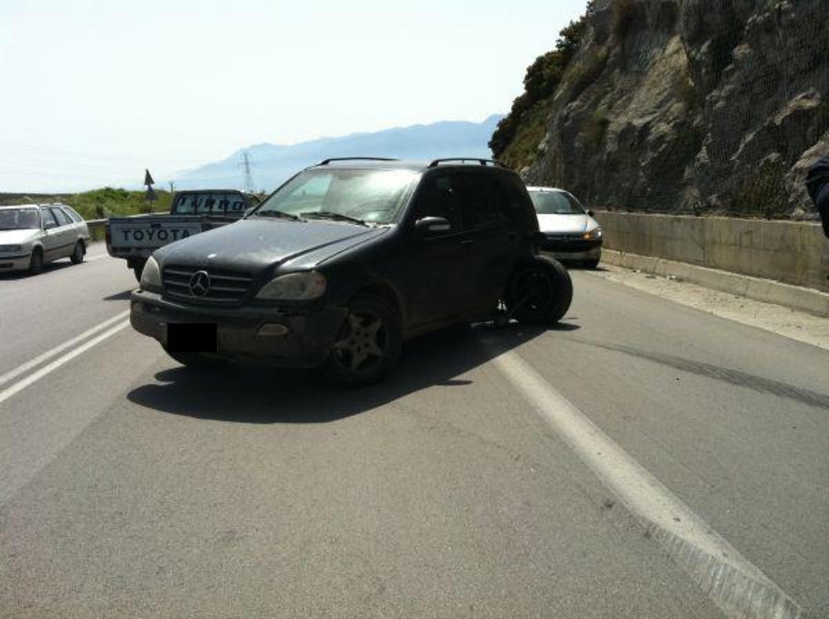 Φθιώτιδα: Έκανε αναστροφή και παραλίγο να τους σκοτώσει! | Newsit.gr