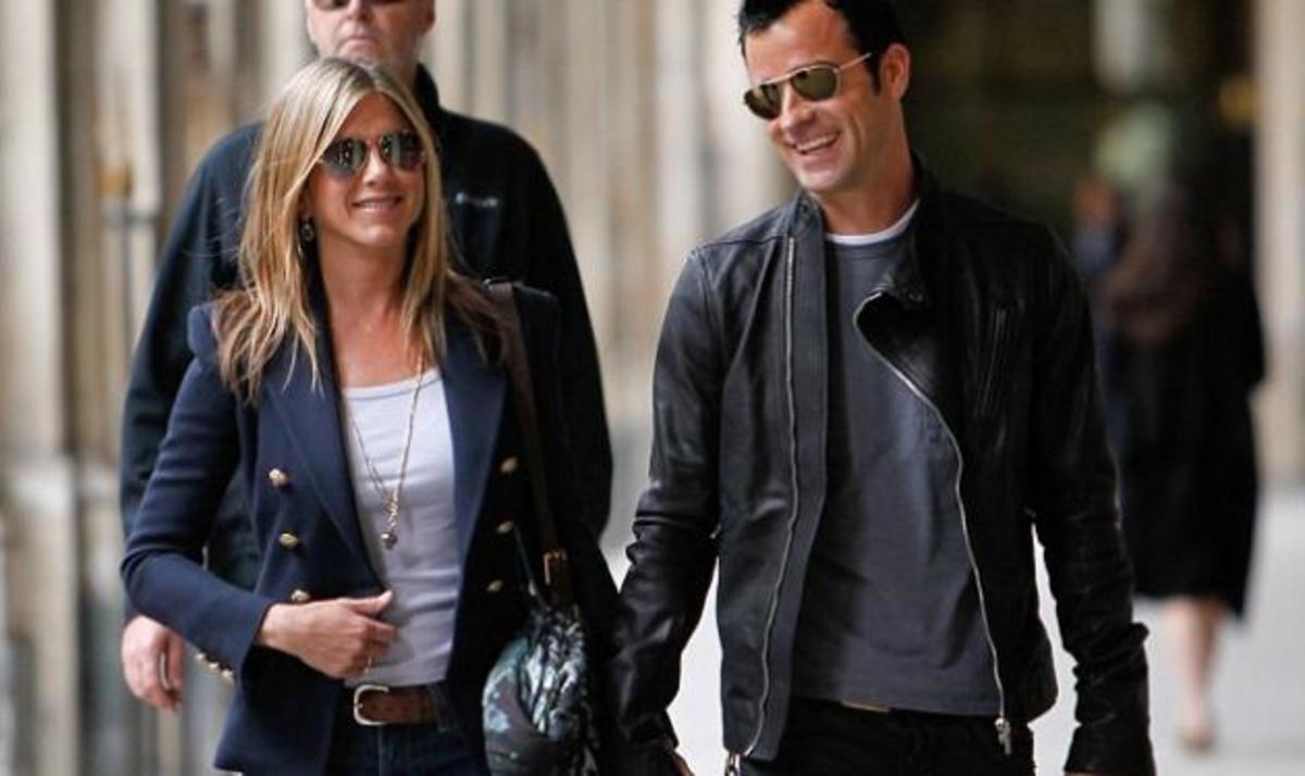 J. Aniston – J. Theroux: Ρομαντικό ταξίδι στο Παρισί! | Newsit.gr