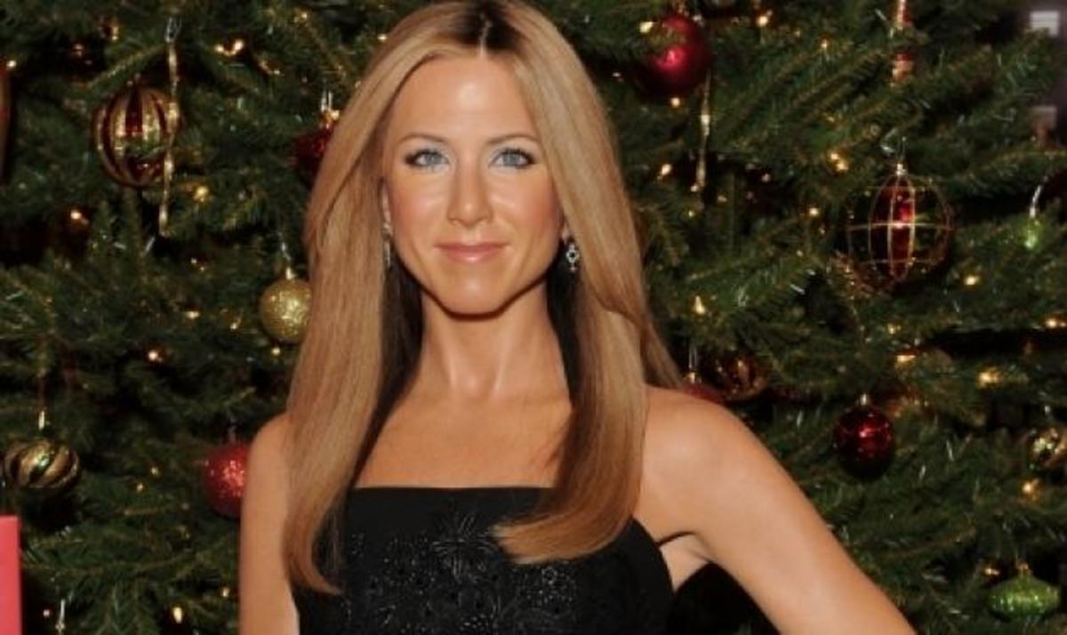 J. Aniston: Έγινε νέο κέρινο ομοίωμα με το δαχτυλίδι του αρραβώνα στο Μουσείο της Tussauds! | Newsit.gr