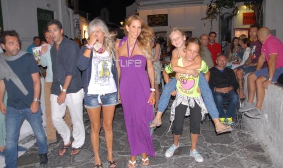 Α. Ναθαναήλ: Βόλτες με τις κόρες της στη Μύκονο!   Newsit.gr