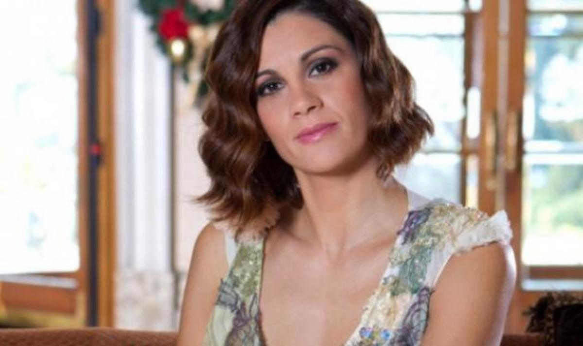 Άννα Μαρία Παπαχαραλάμπους: Η τηλεόραση και ο υγιής ανταγωνισμός με τον άντρα της! | Newsit.gr