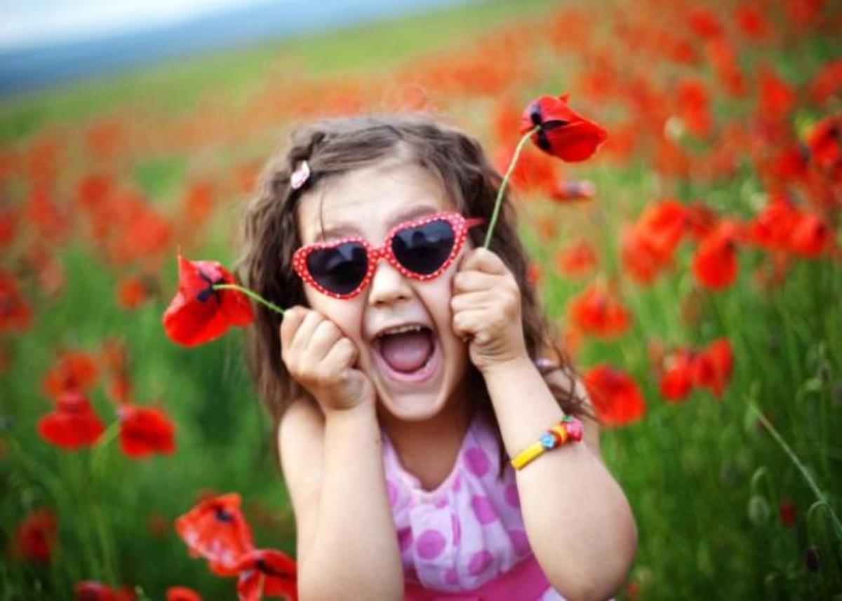 Ιδέες για να παίξεις με το μικρό σου στην εξοχή! | Newsit.gr