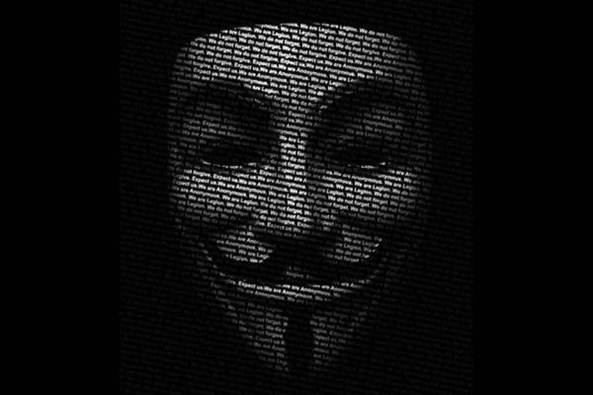 Οι Anonymous χτύπησαν το Βατικανό   Newsit.gr