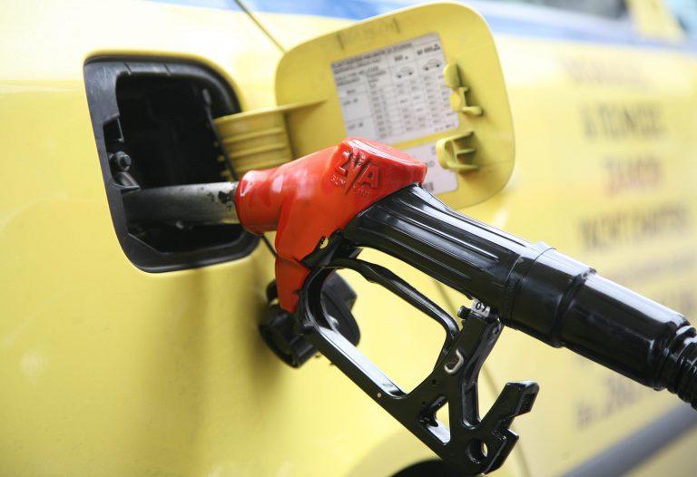 Που θα βρείτε την πιο φτηνή και που, την πιό ακριβή βενζίνη | Newsit.gr