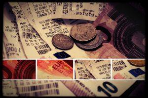 Φορολογικές δηλώσεις: Μέχρι και το 40% του εισοδήματος σε αποδείξεις θα ζητά η εφορία! Πως να αποφύγετε τις «παγίδες»