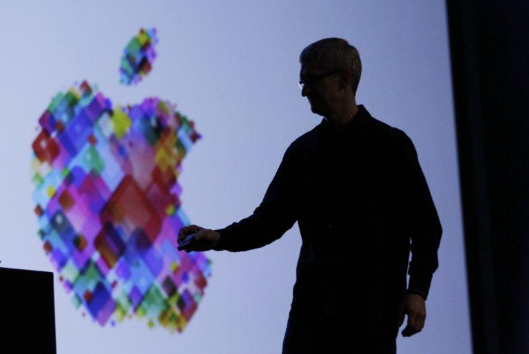 Ο πρώτος χειροποίητος υπολογιστής της Apple σε τιμή ρεκόρ | Newsit.gr