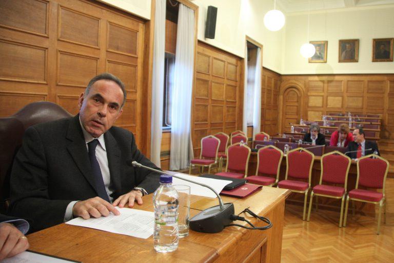 Αύξηση των εισοδηματικών κριτηρίων για τις μετεγγραφές φοιτητών | Newsit.gr