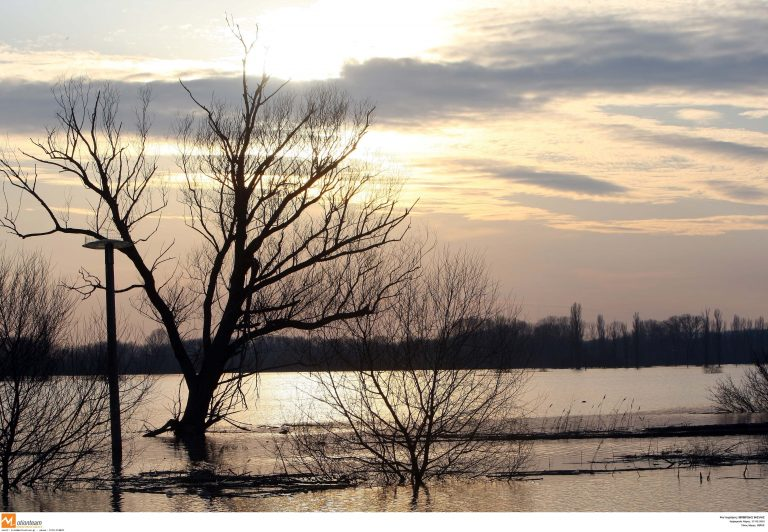 Συναγερμός στον Έβρο – Στα «όρια» του και ο ποταμός Άρδας   Newsit.gr