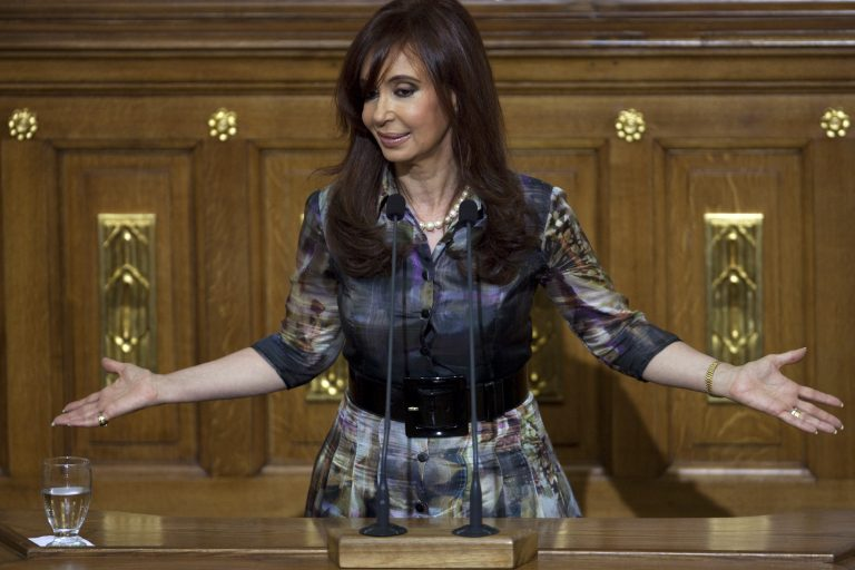 Η Αργεντινή προειδοποιεί για συμπεριφορές διακρίσεων κατά των μεταναστών   Newsit.gr