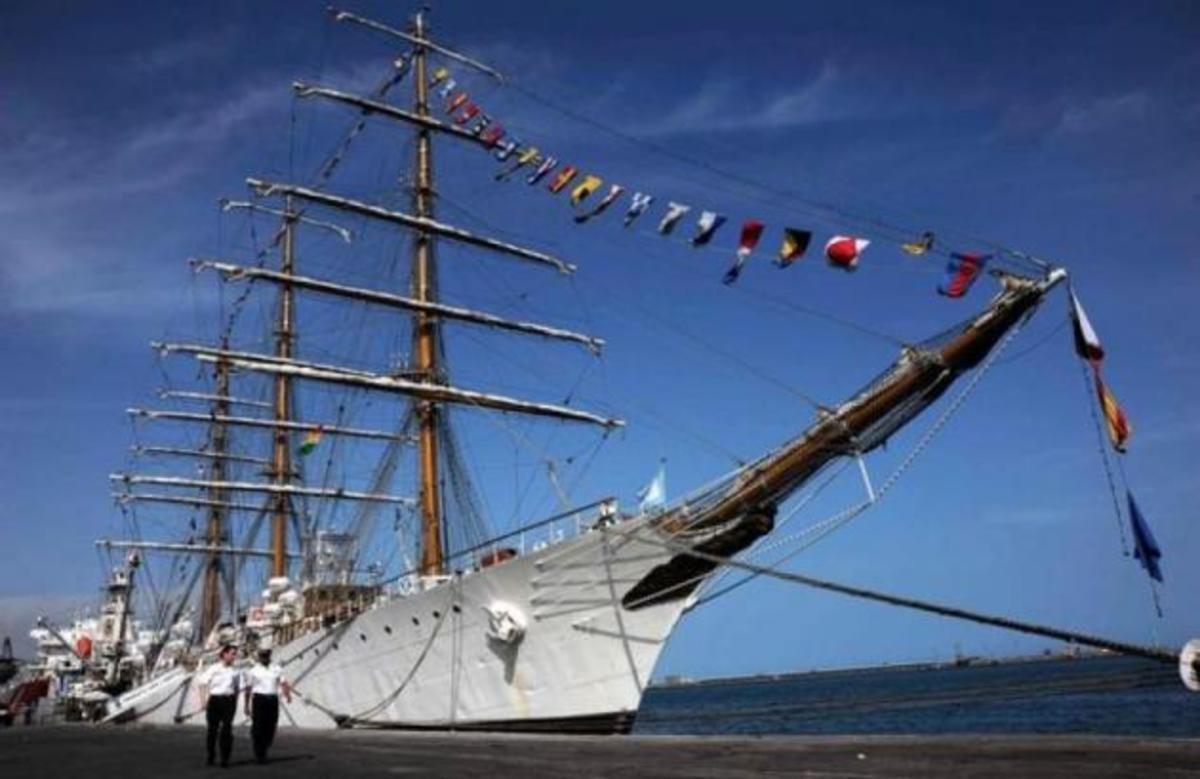 Κατασχέθηκε το εκπαιδευτικό πλοίο του ΠΝ της Αργεντινής, λόγω χρέους από τη πτώχευση | Newsit.gr