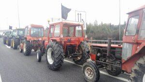 Αγρότες: Φεύγουν από το μπλόκο της Νίκαιας