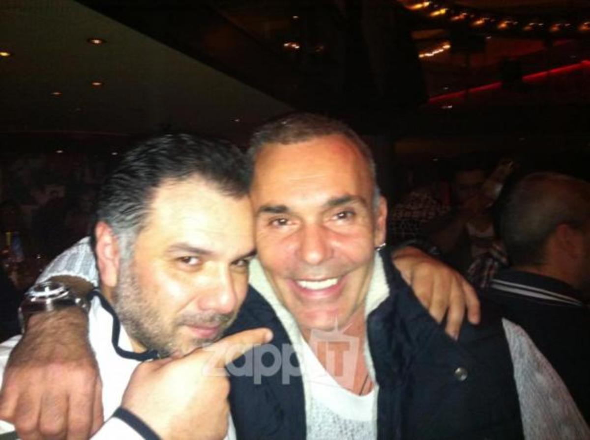 H «συναυλία» στο στέκι του Γρηγόρη Αρναούτογλου! | Newsit.gr