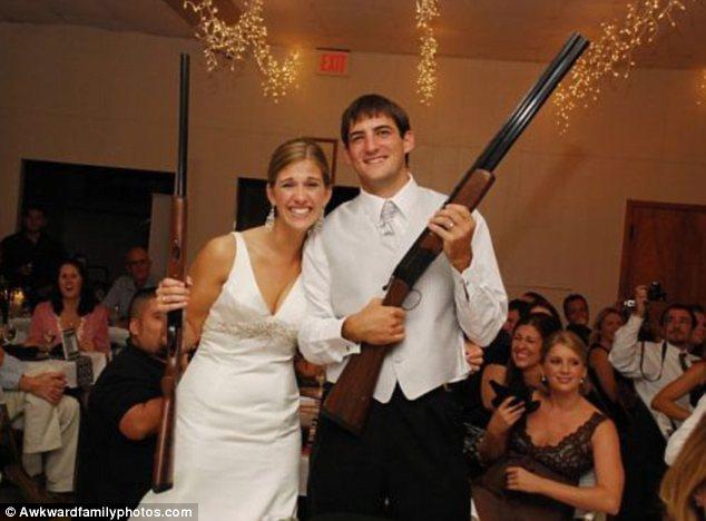 Οι χειρότερες γαμήλιες φωτογραφίες του κόσμου! | Newsit.gr