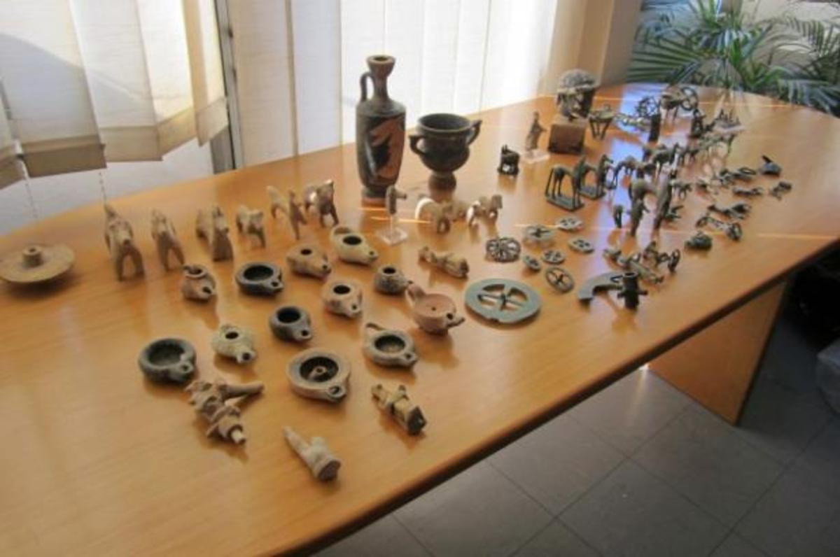 Πάτρα: Απολογούνται οι τρεις συλληφθέντες για τη ληστεία στο παλαιό μουσείο της Αρχαίας Ολυμπίας | Newsit.gr