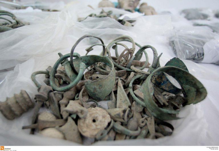 Κοζάνη: Παρανομία στο… τετράγωνο – Συνελήφθη αρχαιοκάπηλος με χασισοφυτεία! | Newsit.gr
