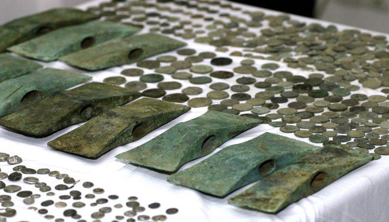 Τέλος στη δράση της μεγαλύτερης σπείρας αρχαιοκάπηλων της Κύπρου | Newsit.gr