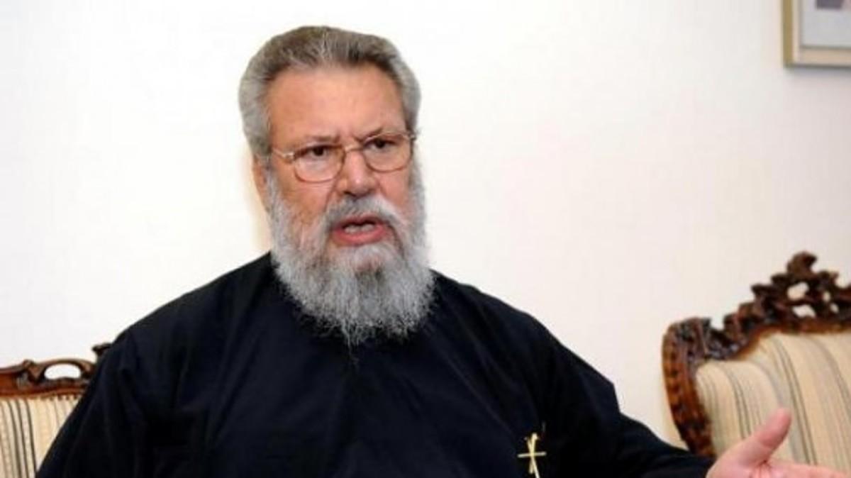 Αρχιεπίσκοπος: Εύχομαι να βρεθούν χρήματα και να αποφύγουμε την Τρόικα   Newsit.gr