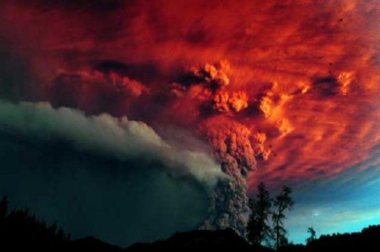 Ο Πουγέγουε ξύπνησε και δεκάδες πτήσεις ακυρώθηκαν από την ηφαιστειακή στάχτη   Newsit.gr