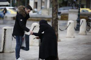 Η Die Zeit αποθεώνει την φτώχεια των Ελλήνων