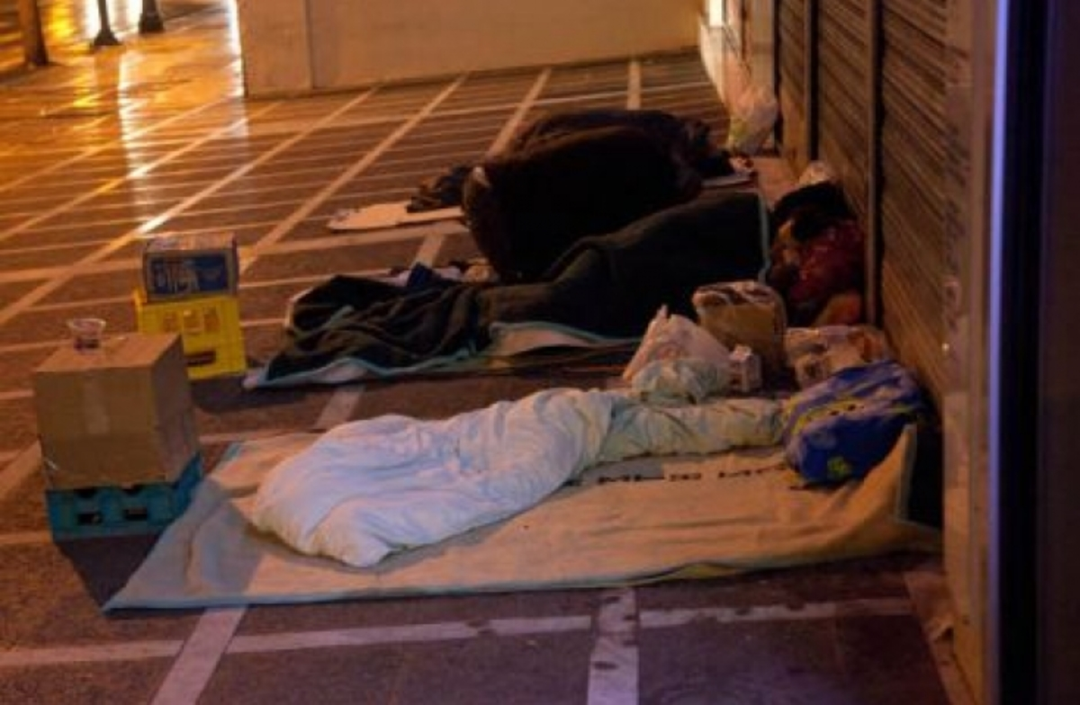 Πάτρα: Ζητούν από άστεγο να πληρώσει… το χαράτσι!   Newsit.gr