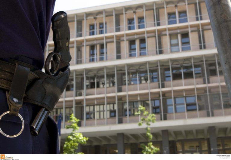 Συνελήφθησαν με 292 κιλά κοκαΐνης στο λιμάνι της Θεσσαλονίκης | Newsit.gr