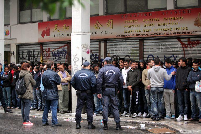Αστυνομικοί κατέληξαν στο νοσοκομείο, ύστερα από επίθεση αλλοδαπών | Newsit.gr