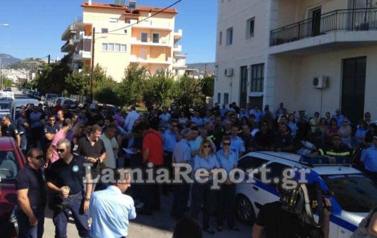Οργή και αγανάκτηση από τους ένστολους στη Λαμία | Newsit.gr