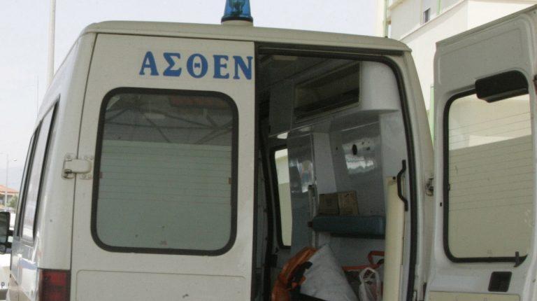 Σέρρες: Ασθενοφόρο παρέσυρε 9χρονο μαθητή | Newsit.gr