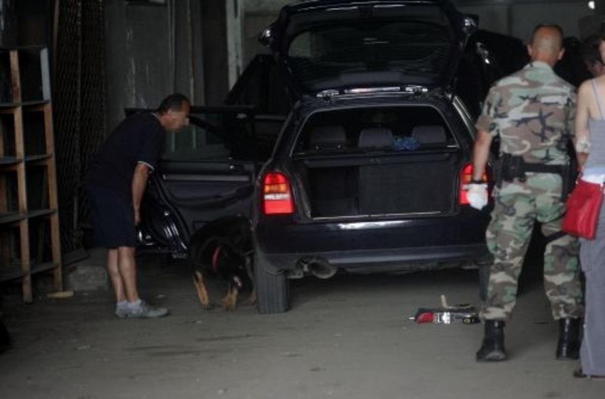 Φθιώτιδα: Έκρυβε 4 λαθρομετανάστες στο πορτ-μπαγκάζ! | Newsit.gr
