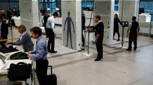 """Διάταγμα Τραμπ: """"Σκοτάδι"""" στα αεροδρόμια του κόσμου – Δεκάδες """"εγκλωβισμένοι"""" στο Ατατούρκ"""