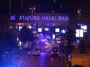 Κωνσταντινούπολη: Πυροβολισμοί και αποκλεισμός του αεροδρομίου Ατατούρκ!